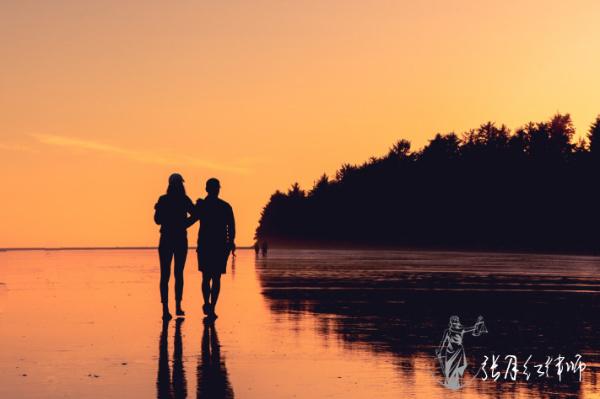 夫妻协议离婚财产归女方,男方反悔如何处理?