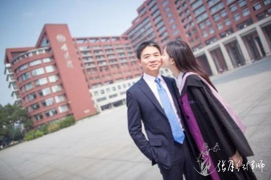刘强东和迷蒙一样离婚了,奶茶章泽天能分到多少钱